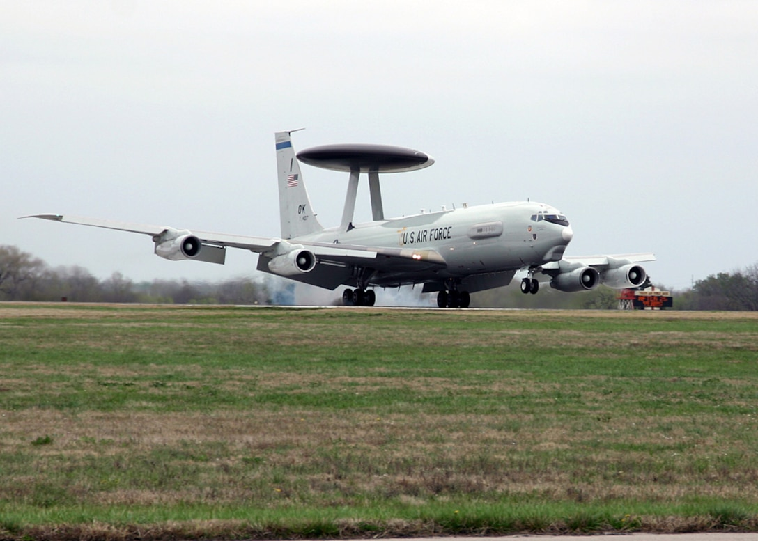 (TINKER AIR FORCE BASE, OKLA) An E-3 Sentry lands here on the flightline Mar. 23, 2007, after completing one of the many missions done by the aircraft since its arrival at Tinker 30 years ago on Mar. 23, 1977. (Air Force photo by Staff Sgt. Stacy Fowler)