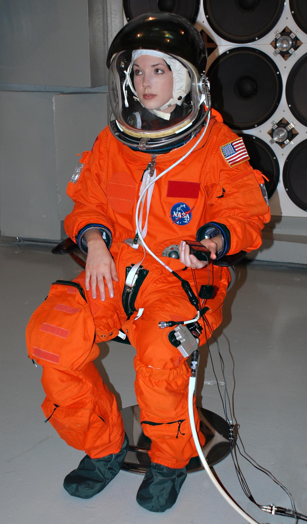 astronaut space suit pressure - photo #13