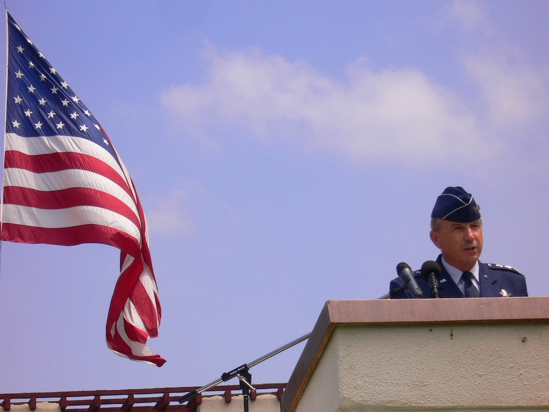 Lt. Gen. Michael Hamel, SMC Commander, was the keynote speaker at this year's Los Angeles National Cemetery's Memorial Day salute, May 28.