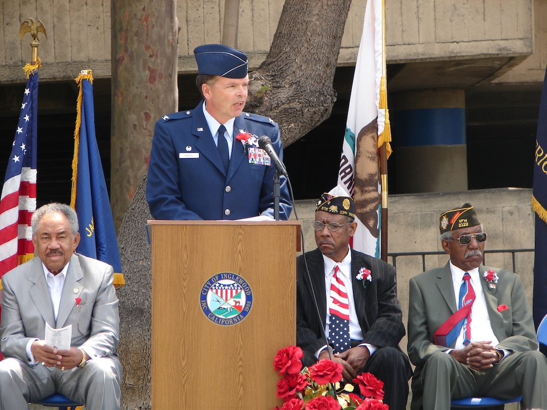Col. Douglas Kendall, Spacelift Range Group Commander was the keynote speaker at the 59th Annual Inglewood Memorial Day Service, May 28. The service honored fallen heroes from the city and was attended by veterans who served from World War II to Operation Iraqi Freedom.