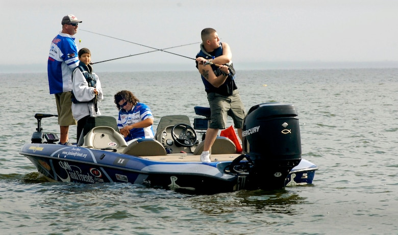 injured servicemembers get away from hospital to fish u
