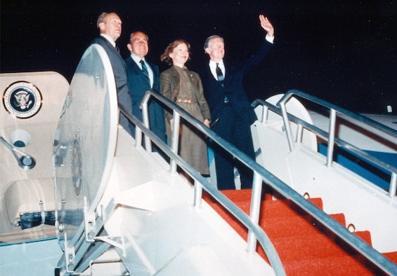 Former Presidents Gerald Ford, Richard Nixon and Jimmy Carter on the steps of Boeing VC-137C SAM 26000 (Air Force One). (U.S. Air Force photo)