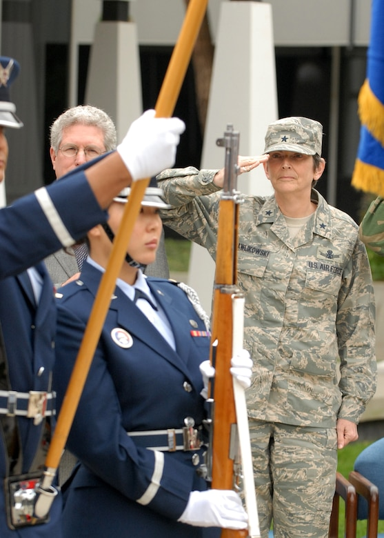 Brig. Gen. Ellen Pawlikowski, SMC vice commander, and the Los Angeles AFB Honor Guard represented the base at the Aerospace Corporation's tribute to vets, Nov. 8.  (Photo by Stephen Schester)