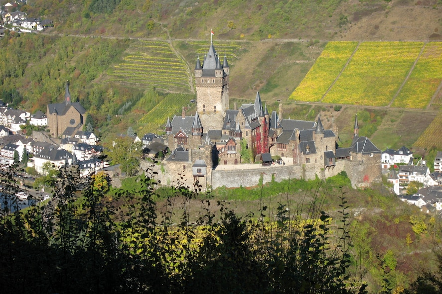 SPANGDAHLEM AIR BASE, Germany – The Cochem Castle is thought to have been built around the year 1020. The Information, Trips and Travel office offers a Cochem Castle tour and medieval dinner Nov. 24. (U.S. Air Force photo/Staff Sgt. Tammie Moore)