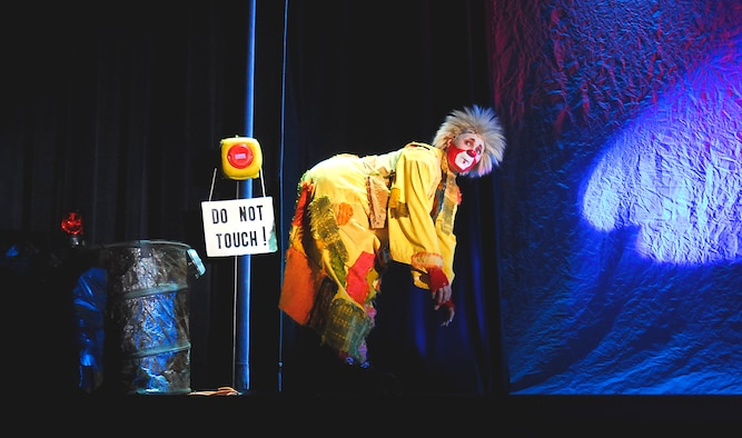 Aga-Boom performer entertains the audience during their show at Kadena Air Base, Japan, Sept. 7, 2007. Rooted in the unique European theatrical style and the universal language of clowning,  Aga-Boom cut through the barriers of language and culture with the art of slapstick, the humor of physical comedy and the delighted excitement of childhood.