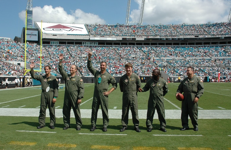 Lovely The Aircrew Members Of The 317th Airlift Squadron, 315th Airlift Wing,  Charleston AFB,