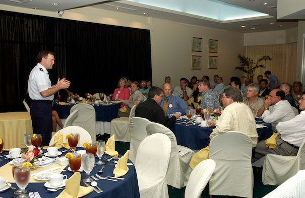 ANDERSEN AFB, GUAM---Brigadier General Douglas H. Owens, Commander, 36th Wing, speaks to members of the Rotary Club of Tumon Bay on September 25th, 2007.  General Owens attended the meeting as a guest speaker. (U.S. Air Force photo by Senior Airman Miranda Moorer)(RELEASED)