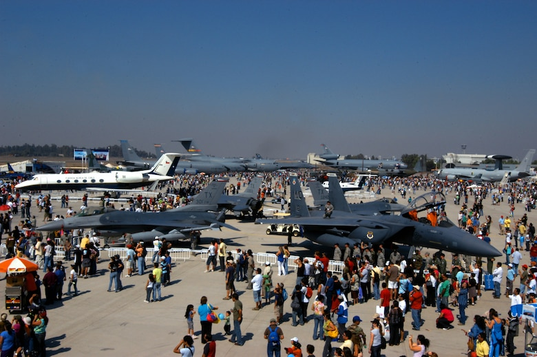The crowd mingles around U.S. Air Force aircraft at FIDAE 2008, one of the largest air shows in South America, in Santiago, Chile. A host of aircraft and Airmen also participated in Exercise Newen 2008, which emphasizes cooperation between the U.S. and Chilean militaries. (U.S. Air Force photo/Master Sgt. Jason Tudor)