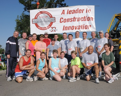DRAPER, Utah - Members of the 151st Utah Air National Guard competed in 2008 Minuteman 5K run/walk on Aug. 2.  The run, sponsored of Ralph L. Wadsworth Construction Company, supports Utah guard families and deployed members. (Released) U.S. Air Force photo by: Tech. Sgt. Michael D Evans
