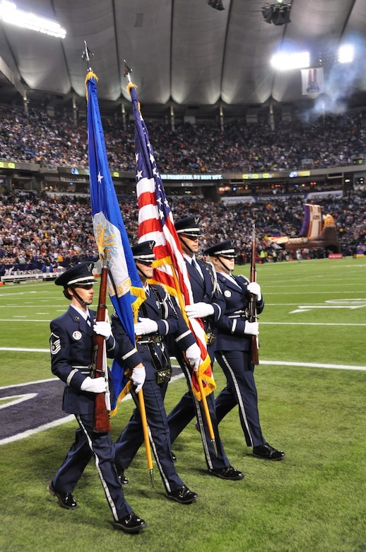 sale retailer 36c11 8bb54 The 934th Airlift Wing Color Guard presents the colors at the Minnesota  Vikings vs. Chicago