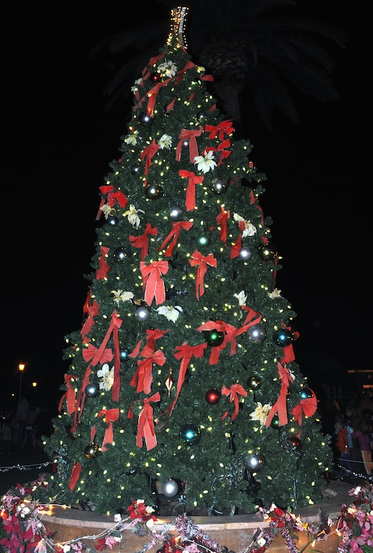 The LAAFB Christmas Tree was lit during the annual tree lighting ceremony on Fort MacArthur, Dec. 2 (Photo by Atiba Copeland)