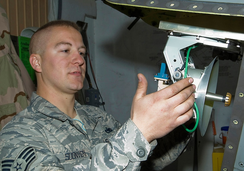 Staff Sgt. George Suonvieri checks the connections on a Theater Airborne Reconnaissance System pod mounted on an F-16 Fighting Falcon at Joint Base Balad, Iraq, Dec. 21. Ground commanders use TARS pods' imagery to achieve their tactical objectives. Suonvieri is one of four 332nd Expeditionary Aircraft Maintenance Squadron avionics maintainers responsible for the 332nd Expeditionary Fighter Squadron's TARS pods. Suonvieri, a native of Duluth, Minn., is deployed from the Minnesota Air National Guard's 148th Fighter Wing. (U.S. Air Force Photo/Tech. Sgt. Erik Gudmundson)