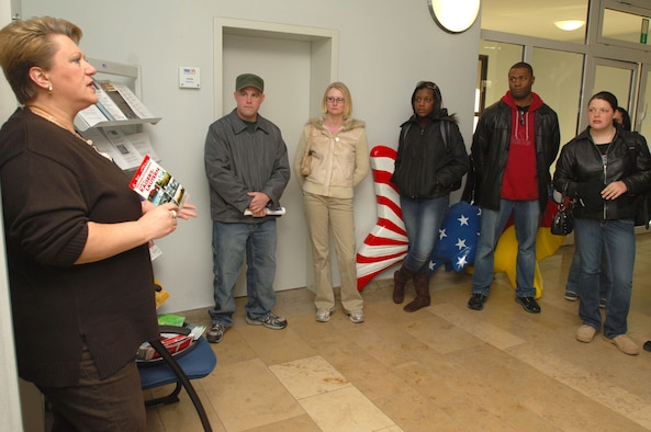 Sissi Koesling, host nation advisor of the German-American Community Office, briefs participants of a USO orientation tour Friday at their facility in Kaiserslautern. Photo by Senior Airman Melissa Sheffield