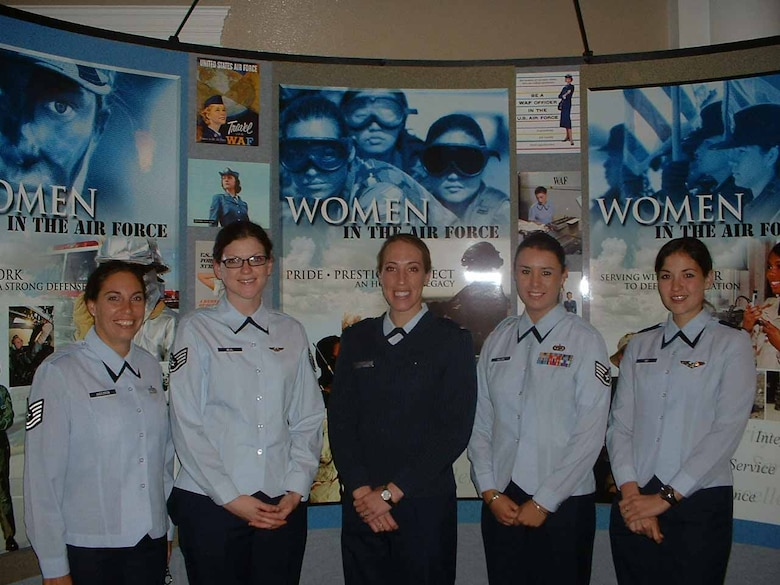 From left, Tech. Sgt. Jennifer Anderson, 552nd Maintenance Squadron; Staff Sgt. Jamie R. Neal, 966th Airborne Air Control Squadron; 1st Lt. Kristen Hobbs, 752nd Communications Squadron; Staff Sgt. Kalonna T. Miller, 552nd Air Control Wing; and 1st Lt. Darci Day, 960th Airborne Air Control Squadron, at the Heritage to Horizons Women's Symposium in Washington, D.C.  (Courtesy photo)