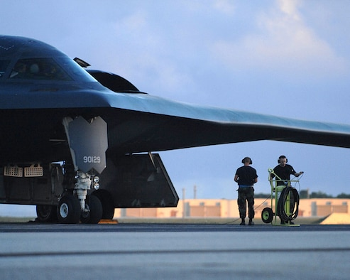 Andersen AFB, Guam --A 393rd Expeditionary Bomb Squadron B-2 Spirit bomber from Whiteman Air Force Base, Mo. prepares to taxi January 16, 2008.