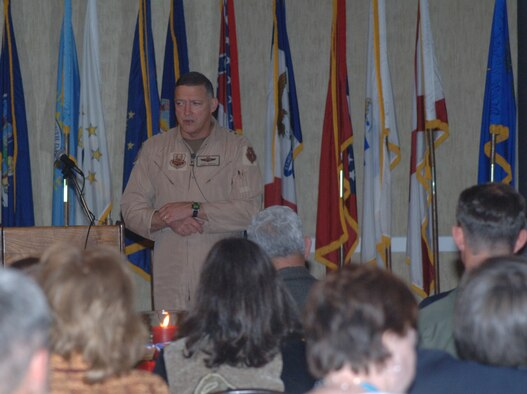 Lieutenant Gen. Gary North, commander of 9th Air Force and U.S. Central Command Air Forces, Shaw AFB, S.C., address more than 220 Airmen and air-minded community members at a dinner Jan. 17 hosted by the Base Community Council. (U.S. Air Force photo by Airman 1st Class Danielle Hill)