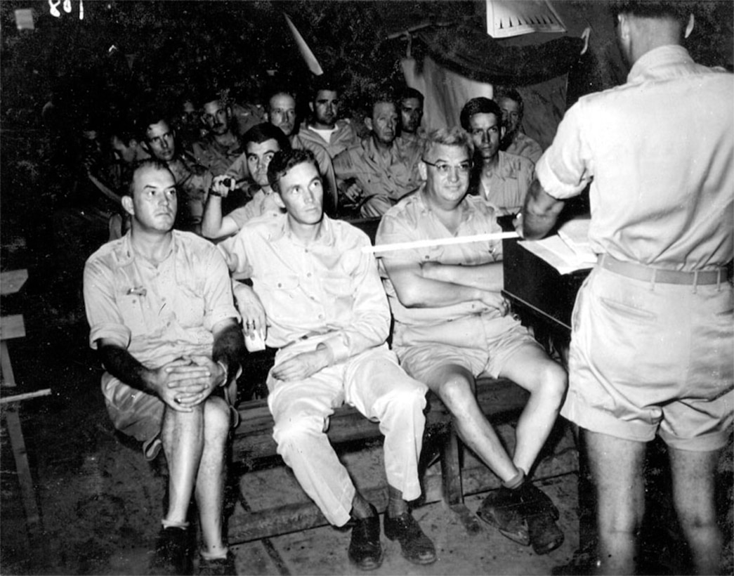 Briefing the first atomic mission.