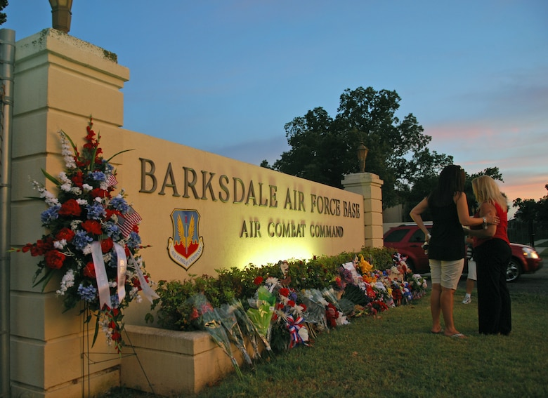 BARKSDALE AIR FORCE BASE, La. -- More than 40 people turned out at dusk Thursday, July 25th, for a candlelight vigil held in honor of the six Airmen of Raider 21.