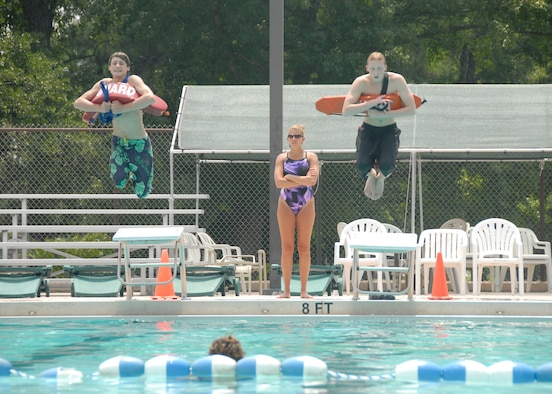 Outdoor Recreation Center Offers Lifeguard Classes Joint Base Charleston News