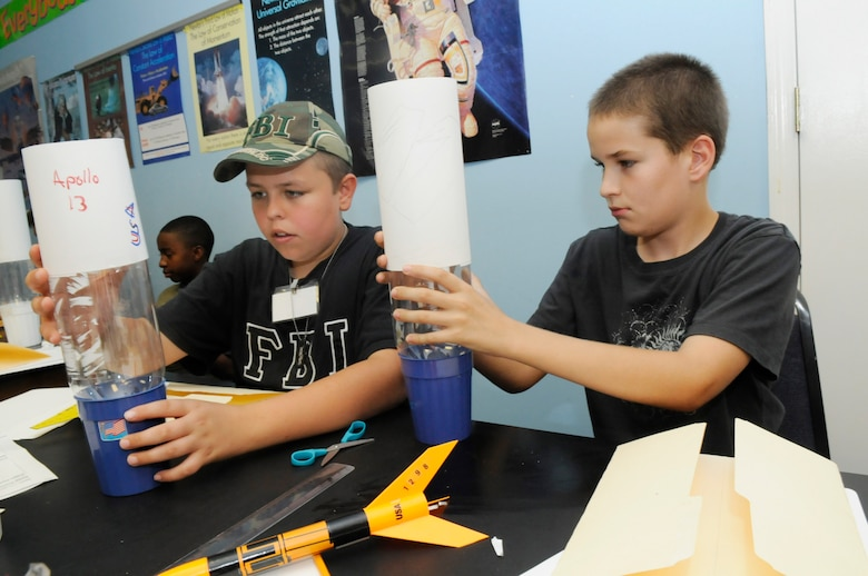 STARBASE camp lets children take flight > Dobbins Air Reserve Base