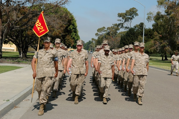 Company honorman turns down law career to lead Marines ...