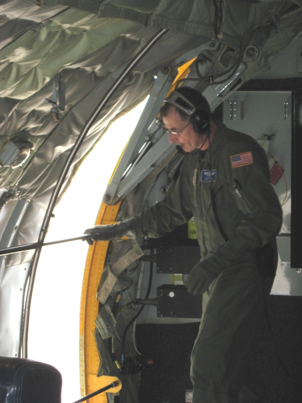 Chief Master Sgt Samuel Davies boom operator on the KC-135R shuts the side hatch before take off. Fuzzy 01 cleared for takeoff. The KC-135R Stratotanker rolled down runway 28 Right for its final takeoff out of Niagara Falls Air Reserve Station with the 107th Airlift Wing, New York Air National Guard, ending the unit's legacy as an air refueling wing. (U.S. Air Force Photo/Lt. Col. Deanna Miller)