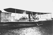 "Wright Model ""F"" quarter view on ground, Simms Station near Dayton, Ohio, 1914 (10491 A.S.)"