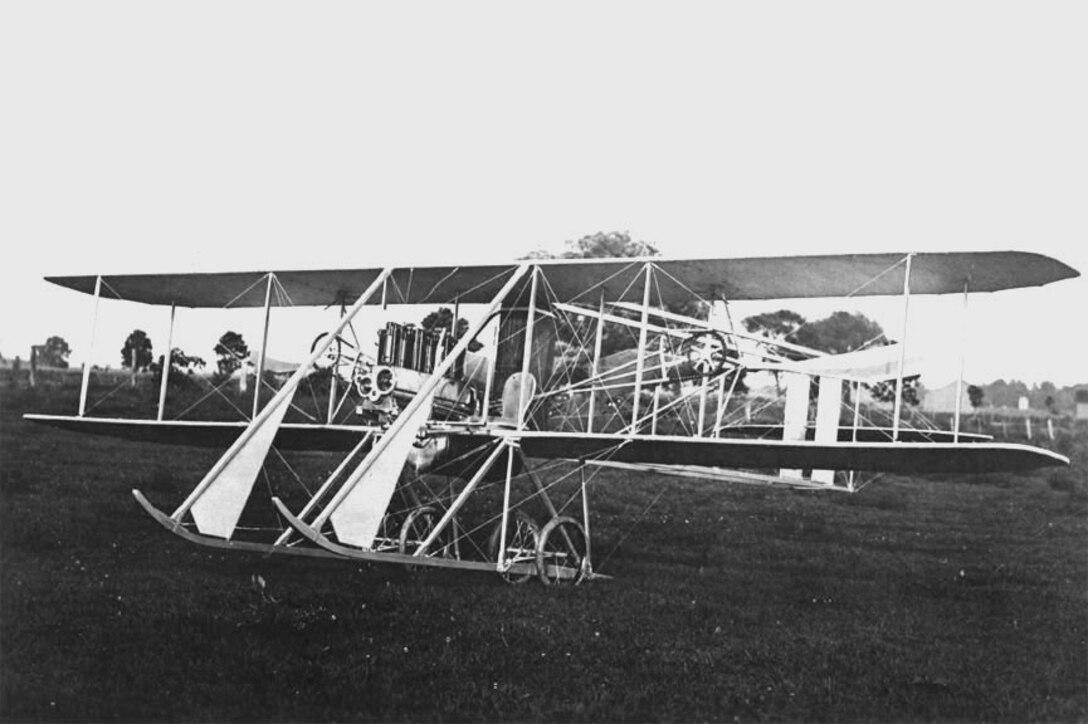 "Wright Model ""D"" quarter view on ground, Simms Station near Dayton, Ohio, 1912 (10482 A.S.)"