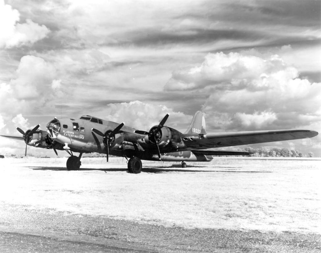 "The ""Alabama Exterminator II"" B-17E"