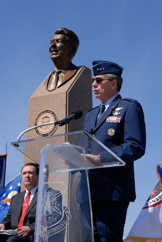 VANDENBERG AIR FORCE BASE, Calif. --  Lt. Gen. Henry Obering III, the director of the Missle Defense Agency, Washington, D.C., speaks at the Ronald Reagan Missle Defense Site on March 27 here. The site is dedicated to former President Reagan as a show of gratitude on the 25th Anniversary of his address to the nation on missile defense.(U.S. Air Force photo/Airman 1st Class Andrew Satran)