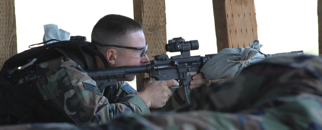 Senior Airman Matthew Masciorini, a member of Buckley's Security Forces Guardian Challenge team, fires his M-4 during the firing portion of the 2008 Guardian Challenge held at Peterson Air Force Base, Colo., May 1. (U.S. Air Force photo by Senior Airman Michelle Lee Cross Furtado)