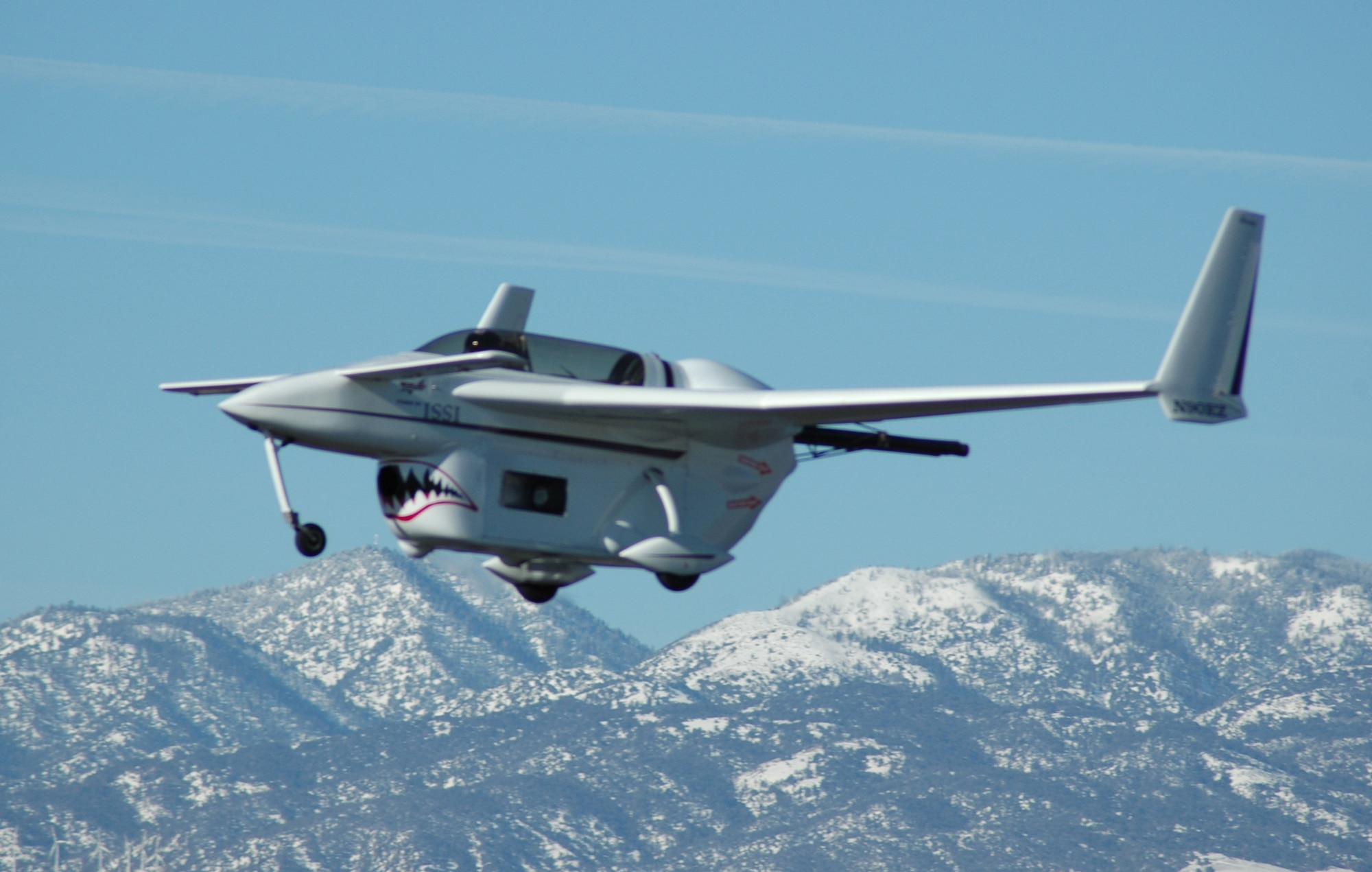 The Long E-Z aircraft, powered by the pulsed detonation engine, makes its history-making flight Jan. 31 at Mohave, Calif. Soon it will be on display at the National Museum of the U.S. Air Force at Wright-Patterson Air Force Base, Ohio. (Courtesy photo)
