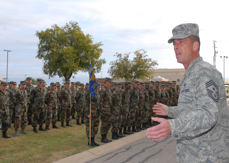 Chief Master Sgt. Paul Moreau, 17th Training Wing command chief master sergeant, talks to members of the 315th Training Squadron moments prior to end of the duty-day Nov. 11, 2007. Chief Moreau has been selected to serve as the new command chief for 2nd Air Force at Keesler Air Force Base, Miss. (U.S. Air Force photo by Tech. Sgt. Gina O'Bryan)