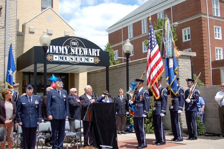 From left, Maj. Gen. Charles E. Stenner Jr., assistant deputy chief of staff for Strategic Plans and Programs, Headquarters U.S. Air Force, representing the Air Force Reserve Command and Col. Terry L. Ross, 11th Wing vice commander, Bolling Air Force Base, D.C., attend a ceremony celebrating Jimmie Stewart's centennial in Indiana, Pa., May 24, 2008. (U.S. Air Force photo/Lt. Col. Lori Largen)