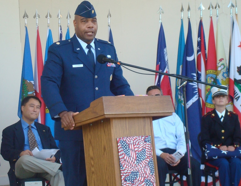 Maj. Harold Jackman, GPS Wing, was the keynote speaker at Redondo Beach's Annual Veterans Day tribute, Nov. 11. (Photo by Alicia Garges)