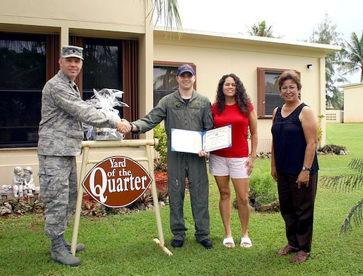 Petty Officer 2nd Class Shaun and Tonia Downing, Helicopter Sea Combat Two-Five