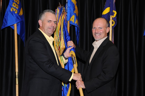 Col. Scott Dennis (left), 388th Fighter Wing commander, welcomes the community leader attached to his position, Mr. Steve Kier of Ogden's Kier Corporation, at the wing Honorary Commander dinner Nov. 14 at Club Hill. At the event, 388th unit commanders gathered to meet the 11 civic leaders joining the wing's outreach program. 388th Honorary Commanders spend time attached to the wing to learn about its mission and people and to begin sharing the Air Force story with his or her community. (U.S. Air Force photo by Alex Lloyd)