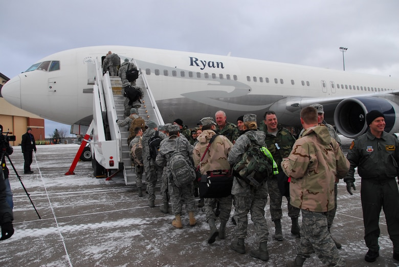 Approximately 125 guradsmen of the 148th Fighter Wing, Duluth Minn. load an aircraft as they deploy to Joint Base Balad, Iraq on November 27, 2008 as a part of its Air Expeditionary Force (AEF) deployment. (U.S. Air Force photo by TSgt Jason W. Rolfe) (Released)