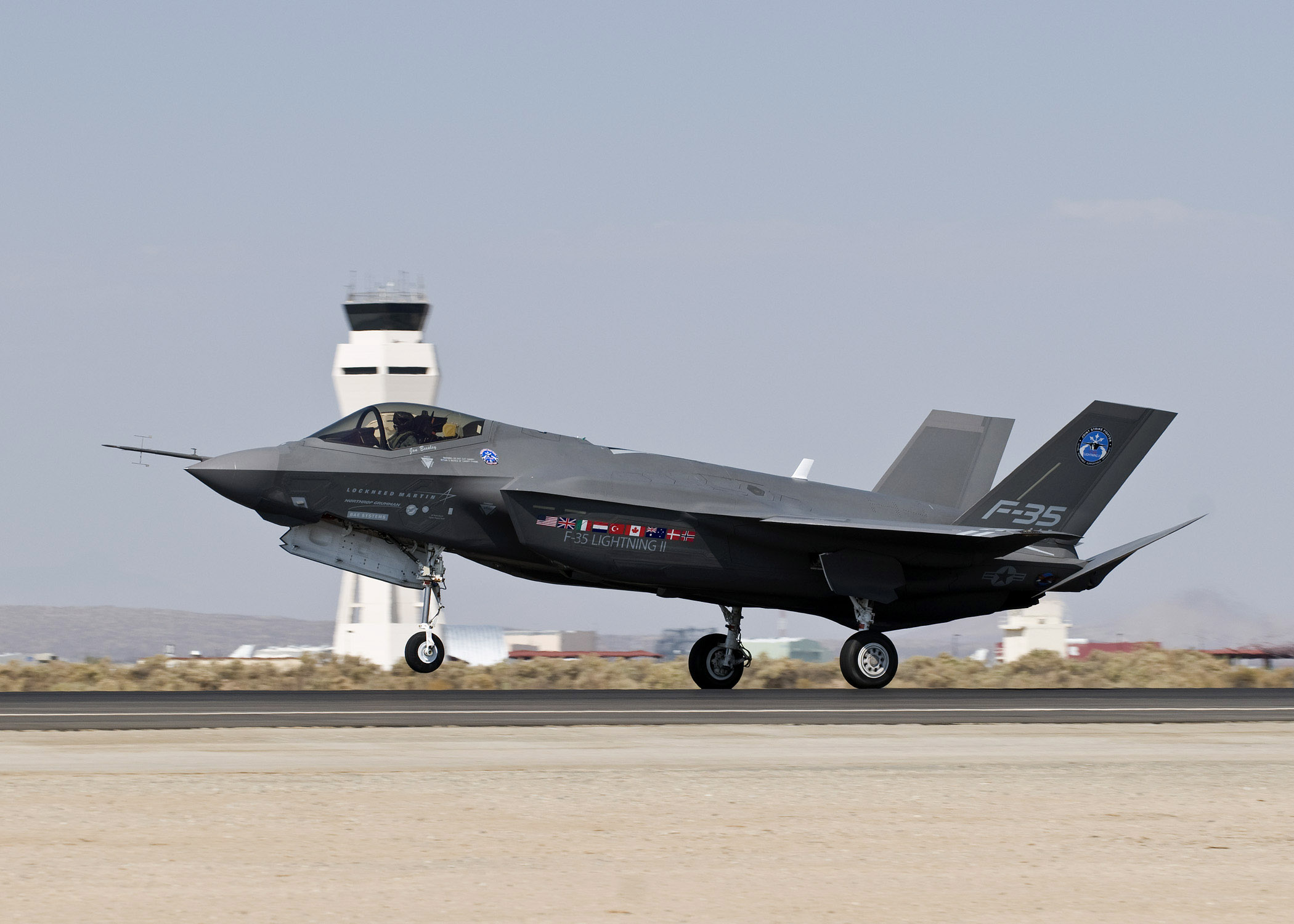 F-35 begins workout > U S  Air Force > Article Display