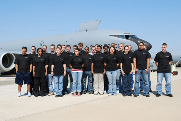 Air Force Reserve recruiters held a mass enlistment ceremony in front of a KC-135R here at Tinker Air Force Base October 5.  These 25 new recruits will be assigned to either the Air Force Reserve Command's 507th Air Refueling Wing or 513th Air Control Group upon graduation from basic training and technical school.