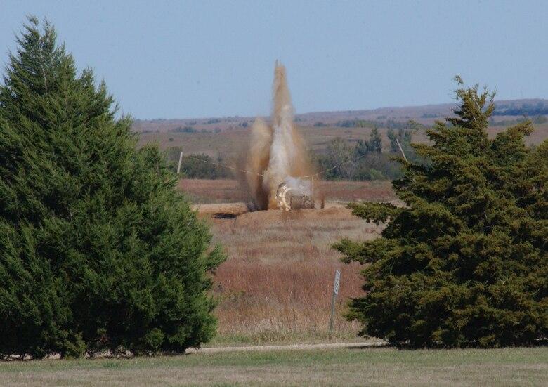 Smoking allowed - Hawgsmoke A-10s rain fire from the Kansas