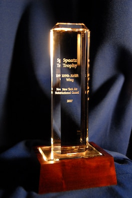 The 109th Airlift Wing was awarded the Spaatz Trophy for 2007. (U.S. Air Force photo by Staff Sgt. Stephen Girloami)