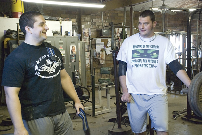 Team Scott member headed to weight lifting competition in