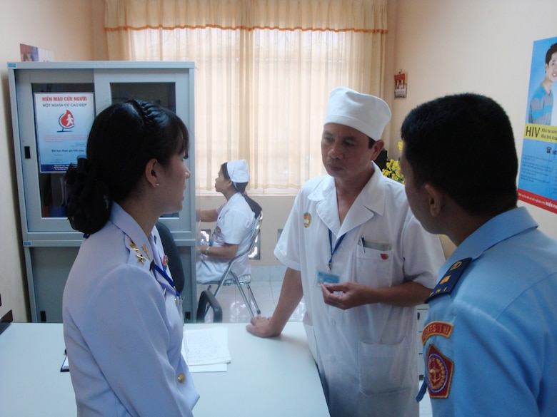 U S , Vietnam host Asia-Pacific military nursing symposium