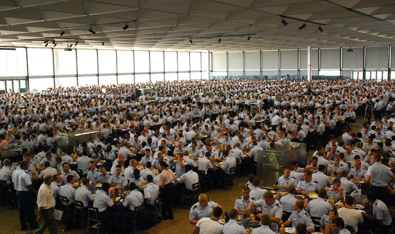 More than 4,000 cadets gather for lunch inside Mitchell Hall at the U.S. Air Force Academy in Colorado Springs, Colo., Aug. 10, 2009. A staff of 200 food service professionals prepare nearly 13,000 meals per day for cadets throughout the academic year. (U.S. Air Force photo/Ann Patton)