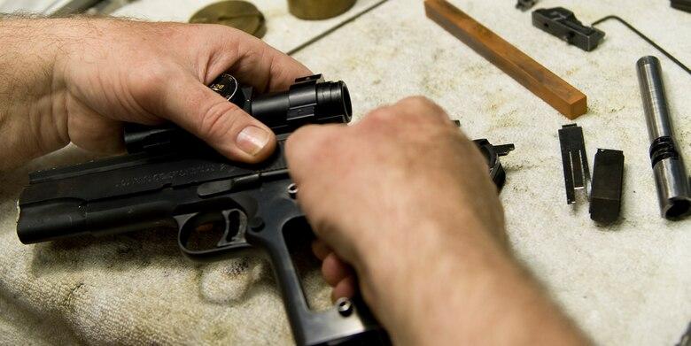 THROUGH THE EYES OF A GUNSMITH - Master craftsman makes