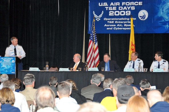(From left) Maj. Gen. Stephen T. Sargeant, Air Force Operational Test and Evaluation Center commander, introduces panel members during the 2009 U.S. Air Force Test and Evaluation Days Conference held in Albuquerque, N.M., Feb. 10-12. Panel members included Dr. Charles McQueary, Director of Operational Test and Evaluation; Mr. John Manclark, Director of Air Force Test and Evaluation; Maj. Gen. David Eidsaune, Commander, Air Armament Center and Air Force Program Executive Officer, Weapons, Air Force Materiel Command; and Brig. Gen. Joseph Lanni, Director of Air, Space and Information Operations, Headquarters Air Force Materiel Command.