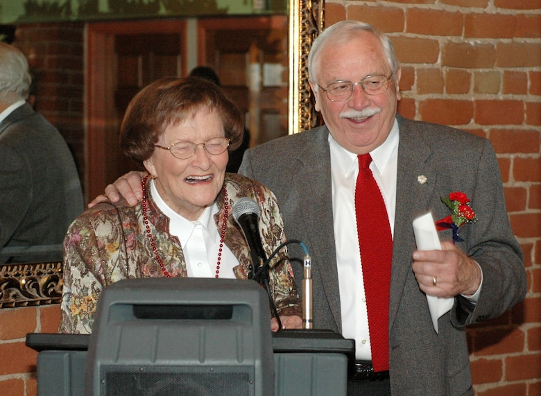 Tucson business and community icons Bill Valenzuela and Dorothy Finley trade jokes from the podium at the Tucson Light award banquet, Feb 13. Finley was one of Valenzuela's grade school teachers. (Air National Guard photo by Capt. Gabe Johnson)