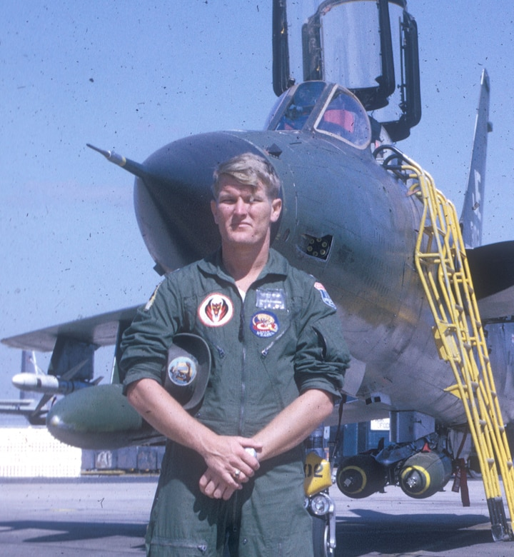 1st Lt David Williams F 105 Wild Weasel Ewo Gt National