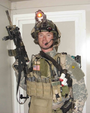 Staff Sgt. Ryan Wallace in full battle gear. (U.S. Air Force photo)